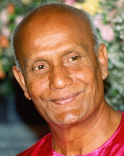 photo_Sri-Chinmoy_portrait-Adarini